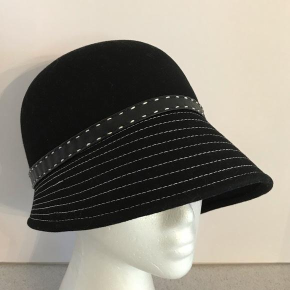 7b91eb2fb Black felted wool cloche hat